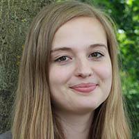 Jana Dasenbrock, Ausbildung zur Industriekauffrau